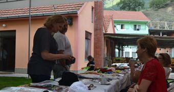 Мини базар на Креативките во с.Нежилово